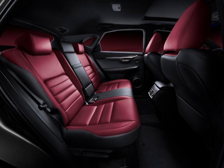 Стали известны цены на мощный кроссовер Lexus