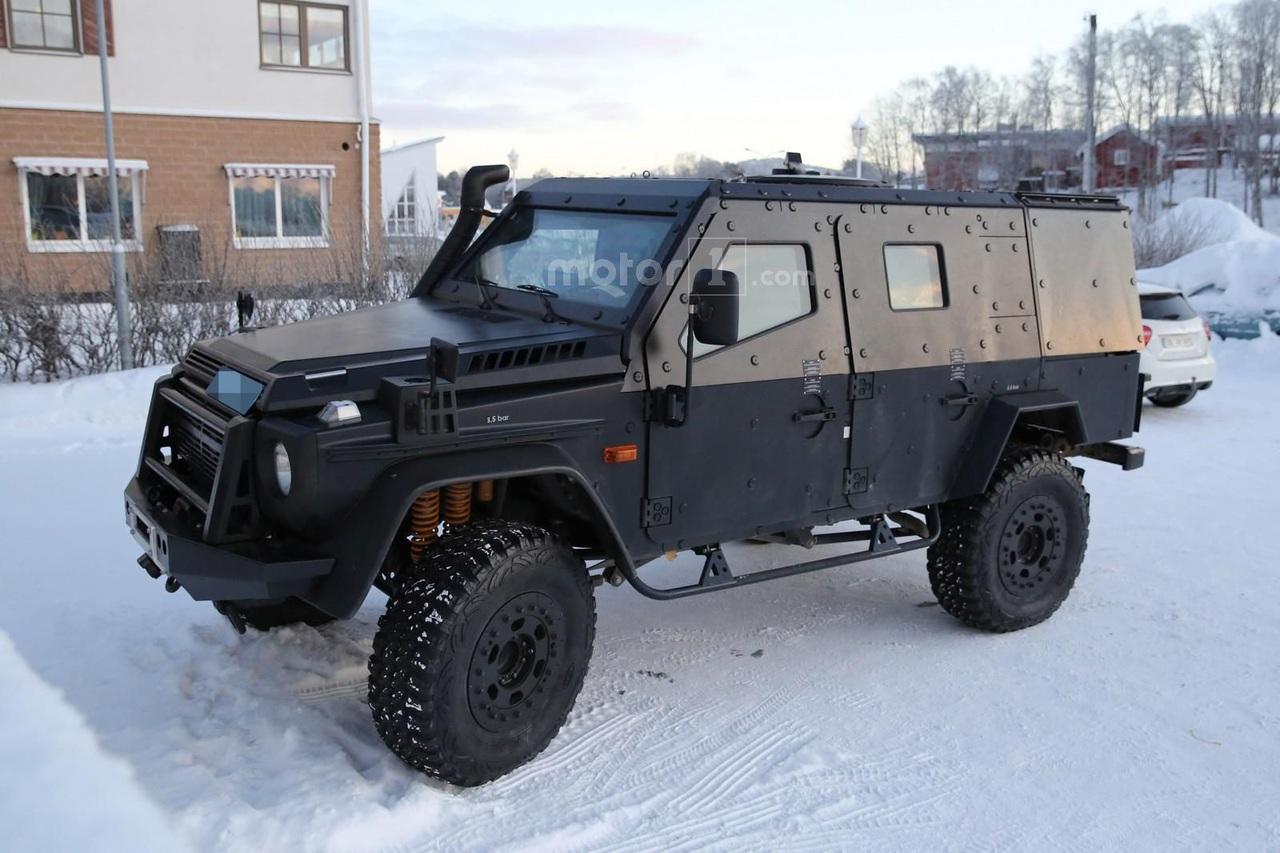патрульный Mercedes-Benz