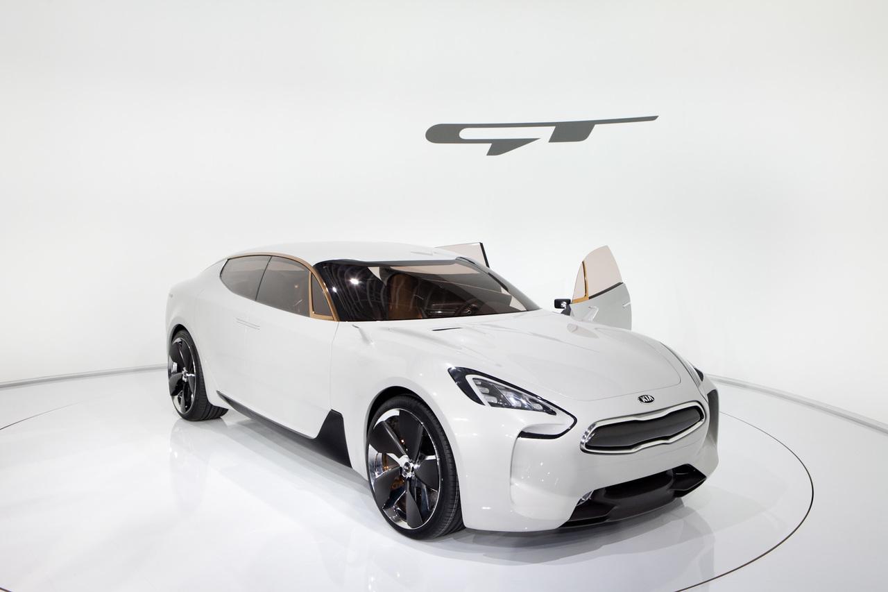 Прототип Kia Stinger
