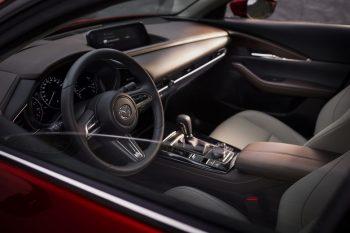 Кроссовер Mazda — долгожданная премьера в России