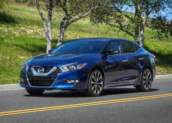 Новая Nissan Maxima 2015