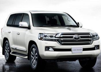 Toyota официально представила обновленный кроссовер Land Cruiser 200 (Видео)