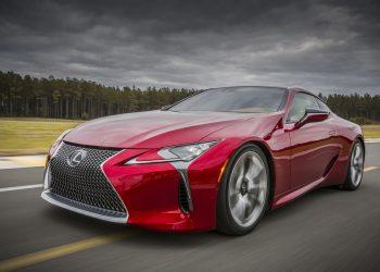 Новый автомобиль Lexus LC 500 выйдет более мощным, чем было ранее заявлено