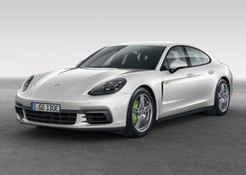 Новая модификация Porsche Panamera — гибрид 4 E-Hybrid дебютирует в Париже