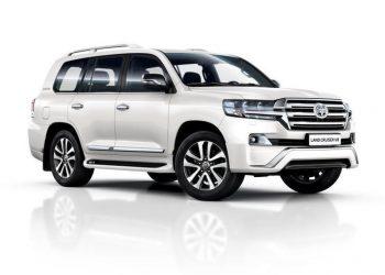 Внедорожник Toyota Land Cruiser 200 Executive в Black и White исполнении скоро в России