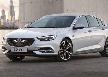 Флагманский хэтчбек Opel Insignia Grand Sport официально рассекречен